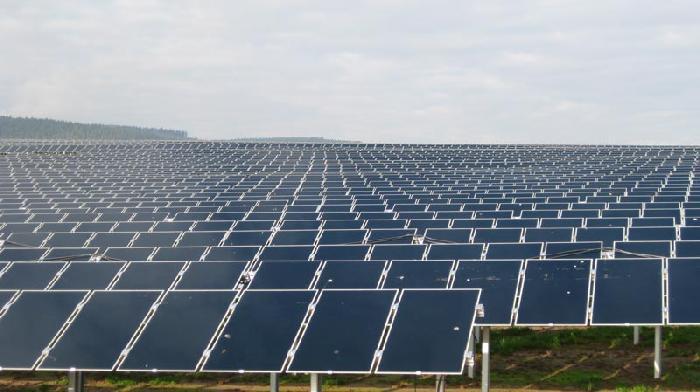 """Brindisi, progetti impianti fotovoltaici. Bozzetti (M5S): """"No a mega impianti che snaturano il territorio"""""""