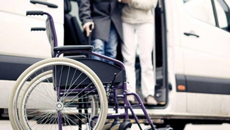 Sospensione servizio trasporto disabili in Salento. Casili: Inaccettabile assistere a braccio di ferro tra Comuni e Asl