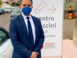 Marco-al-centro-vaccinale
